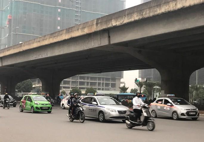 Hàng ngàn tài xế mất việc vì taxi hết niên hạn - Ảnh 1.