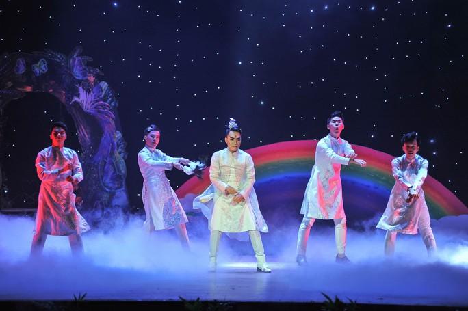 Nhạc kịch Chuyện nàng Giáng Hương diễn lại đẹp và hấp dẫn hơn - Ảnh 6.