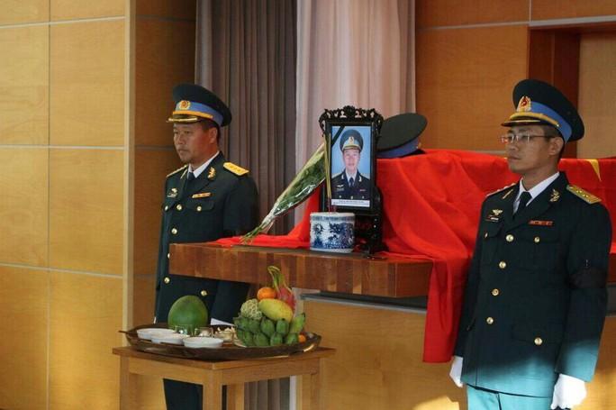 Thăng hàm thiếu tá, đề nghị phong liệt sĩ cho phi công Nguyễn Thành Trung - Ảnh 4.