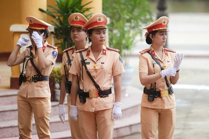 Những bóng hồng  APEC - Ảnh 1.