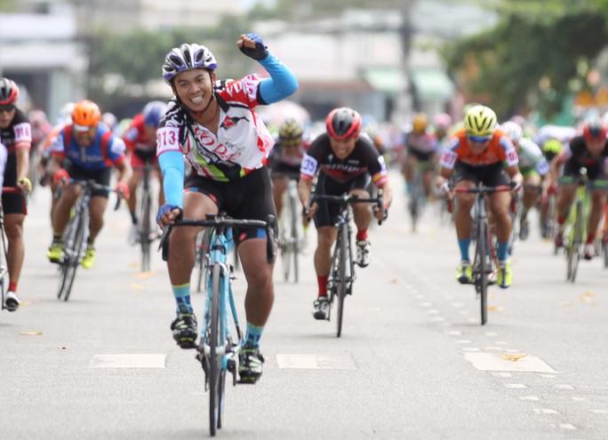 Mở rộng đường đua giải xe đạp phong trào lớn nhất nước - Ảnh 1.