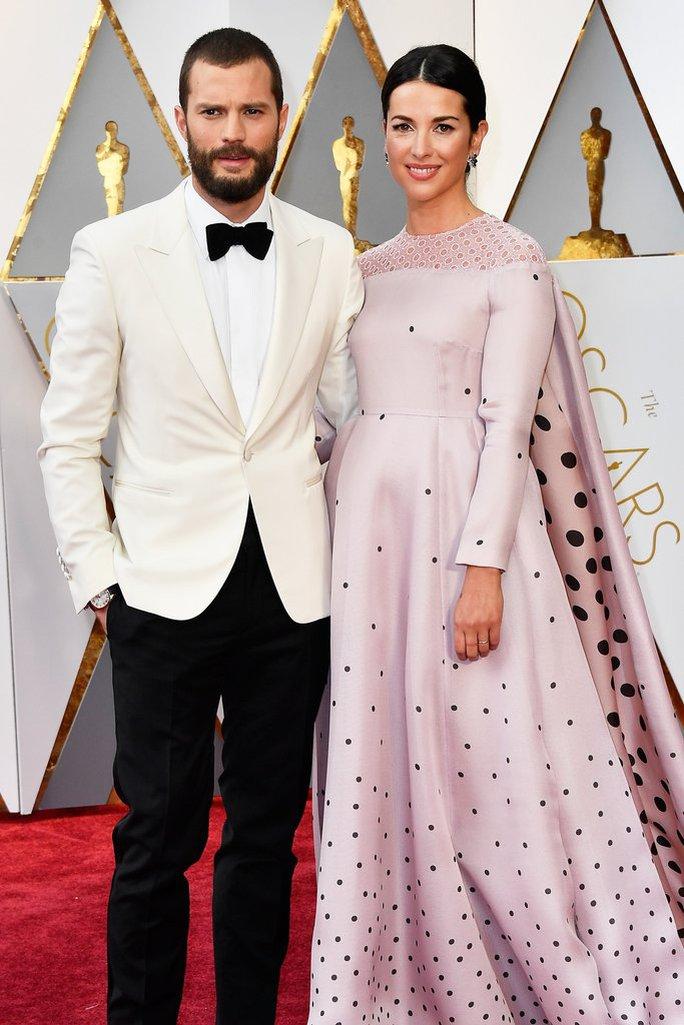 Vợ chồng diễn viên Jamie Dornan