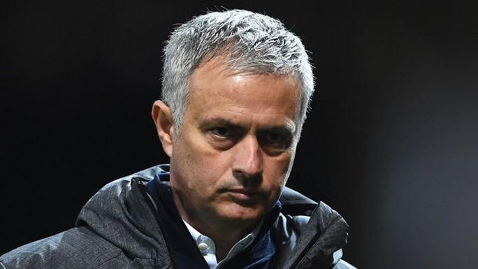 Sau Ronaldo, đến lượt Mourinho bị tố trốn thuế - Ảnh 1.
