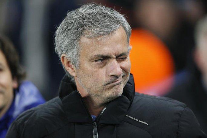 Người đặc biệt mỉa mai rằng gió sẽ khiến Man United gặp khó khăn trước Southampton ở trận chung kết sắp tới. Ảnh: Reuters