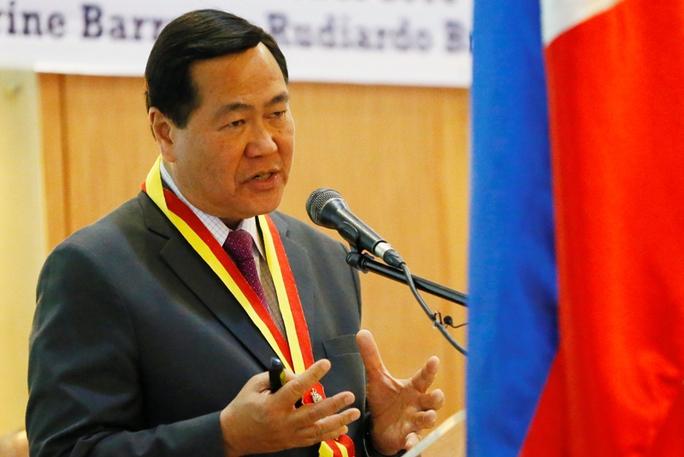 Thẩm phán Philippines kêu gọi kiện Trung Quốc vì đe dọa chiến tranh - Ảnh 1.