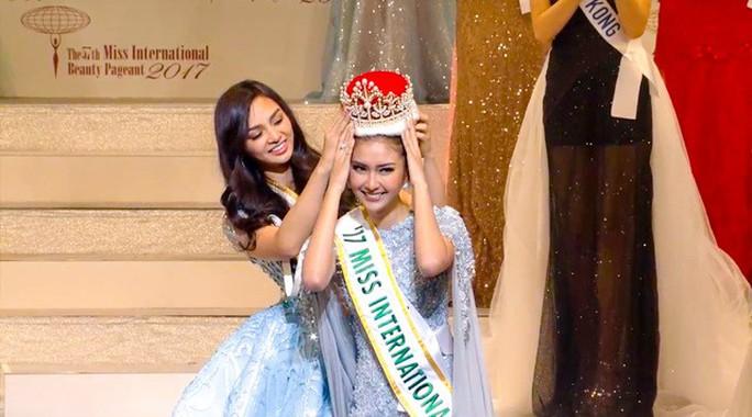 Cận cảnh nhan sắc tân Hoa hậu Quốc tế - Ảnh 2.