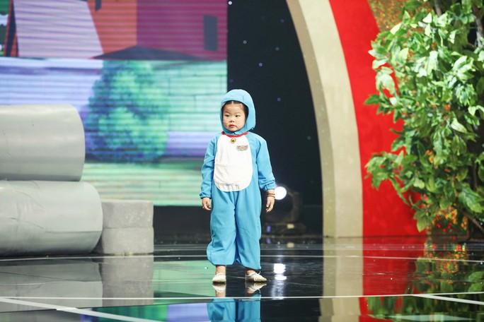 Nữ hoàng ứng xử 5 tuổi khiến Đình Toàn, Đại Nghĩa chào thua là ai? - Ảnh 3.
