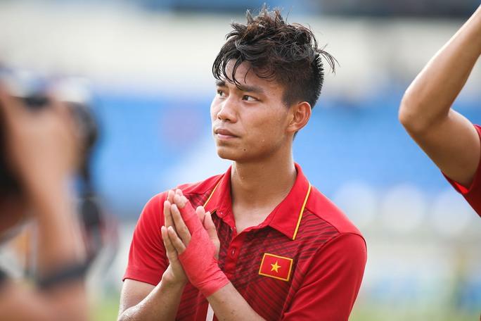 Chùm ảnh: Nước mắt Việt Nam tại Selayang sau trận thua của U22! - Ảnh 18.