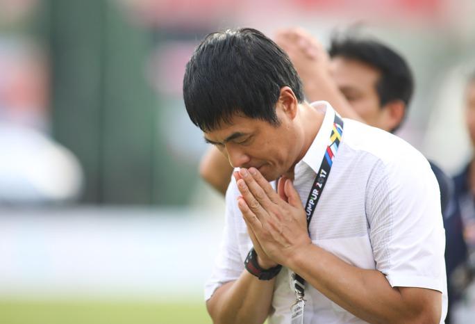 Chùm ảnh: Nước mắt Việt Nam tại Selayang sau trận thua của U22! - Ảnh 15.