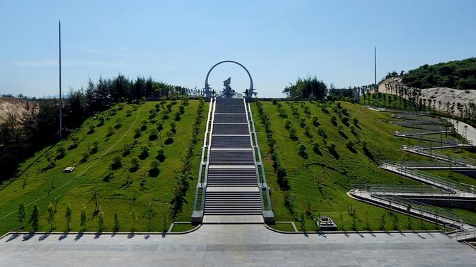 Chiêm ngưỡng Khu tưởng niệm Gạc Ma từ trên không - Ảnh 6.