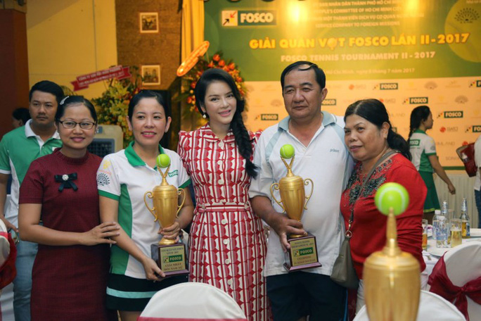 Lý Nhã Kỳ đồng hành cùng Giải Quần vợt FOSCO 2017  - Ảnh 2.