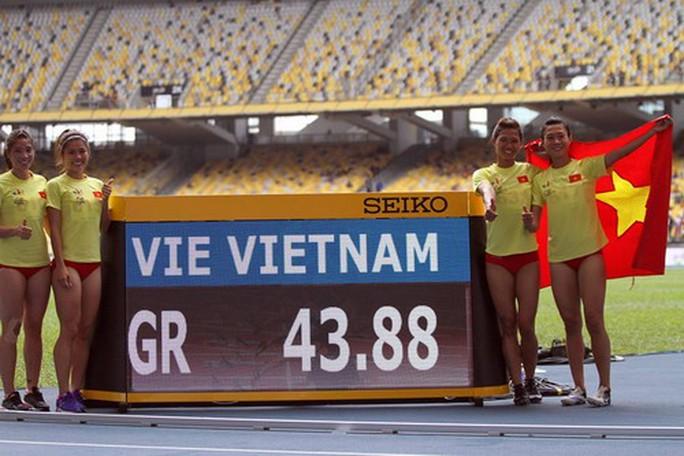 SEA Games ngày 25-8: Kình ngư 15 tuổi Kim Sơn tạo 2 cú sốc - Ảnh 17.