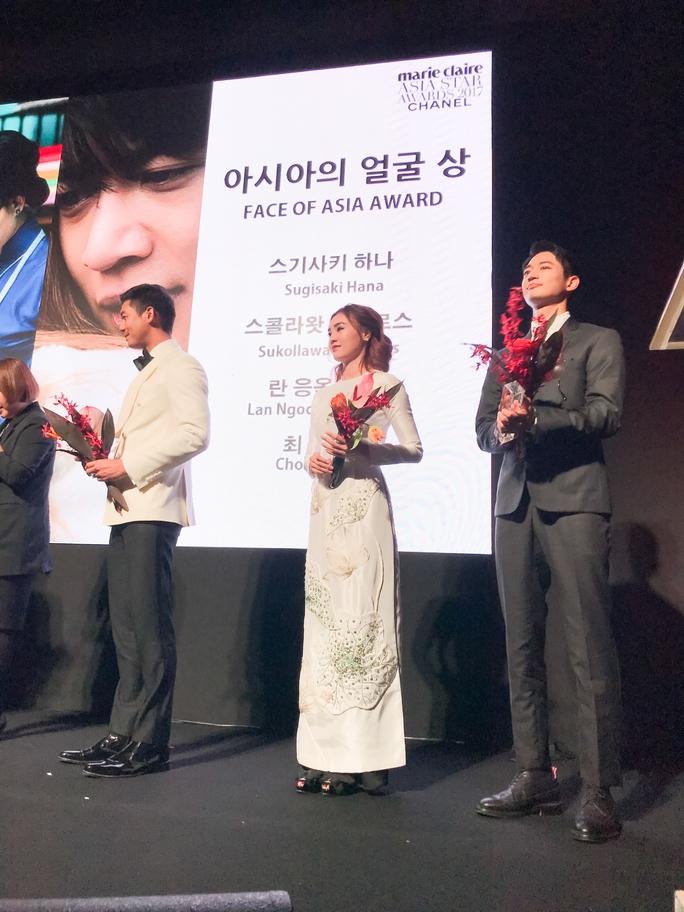 Ninh Dương Lan Ngọc nhận giải thưởng tại Hàn Quốc - Ảnh 4.