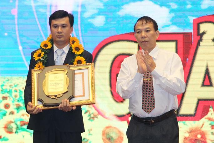 Trao giải thưởng Tôn Đức Thắng cho 10 kỹ sư, công nhân tiêu biểu - Ảnh 2.