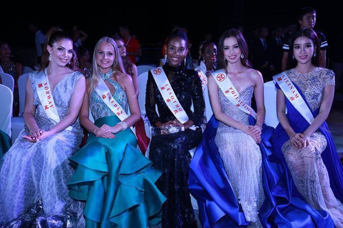 Hoa hậu Đỗ Mỹ Linh lọt tốp 20 Người đẹp nhân ái - Ảnh 3.