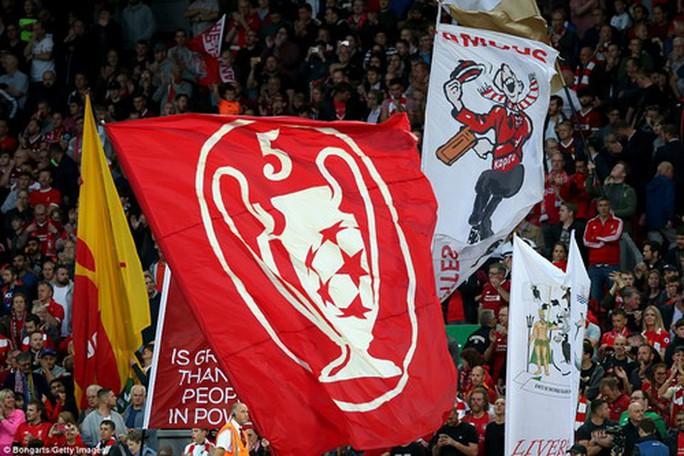 Mưa bàn thắng ở Anfield, Liverpool trở lại Champions League - Ảnh 2.