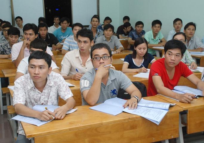 Một lớp học liên thông tại một trường ĐH ở TP HCM Ảnh: Tấn Thạnh
