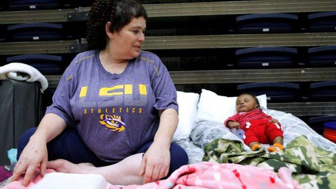 Venezuela đề nghị hỗ trợ 5 triệu USD cho nạn nhân bão Harvey - Ảnh 5.