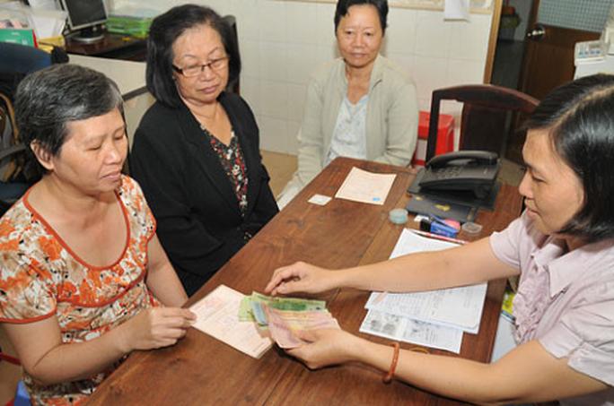 Lao động nữ phải đóng BHXH 30 năm mới được hưởng 75% lương hưu - Ảnh 1.