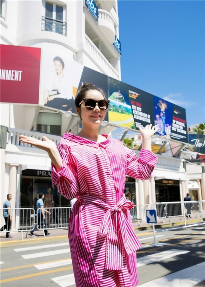 Lý Nhã Kỳ khẳng định mình không liên quan tấm pano ở LHP Cannes - Ảnh 2.