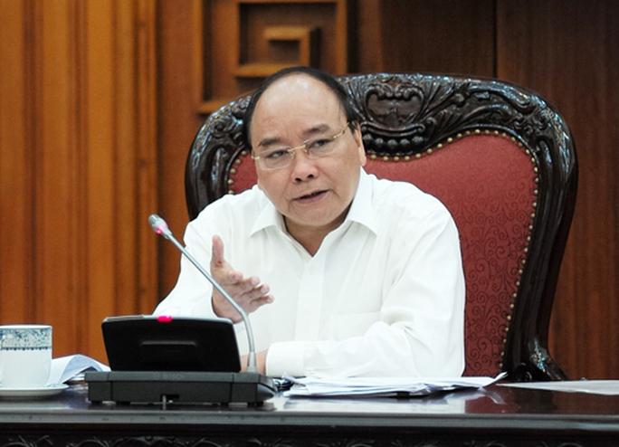 Lần đầu tiên làm việc Tổ Tư vấn kinh tế, Thủ tướng Nguyễn Xuân Phúc tin đất nước sẽ chuyển mình - Ảnh 3.