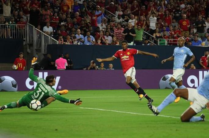 Lukaku lại ghi bàn, M.U hạ đẹp Man City tại Mỹ - Ảnh 6.