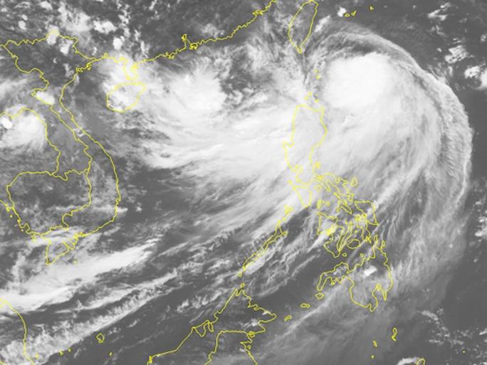 Áp thấp nhiệt đới di chuyển lạ trên Biển Đông - Ảnh 2.