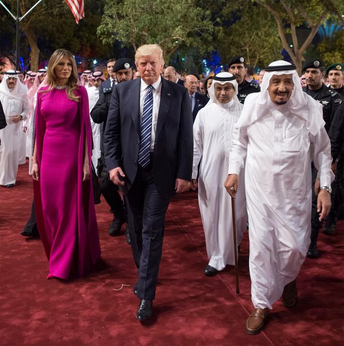 Vợ con Tổng thống Trump quyến rũ Ả Rập Saudi - Ảnh 5.
