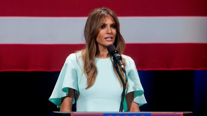 Đệ nhất Phu nhân Melania Trump hôm 6-2 tiếp tục kiện tờ Daily Mail vì xúc phạm bà. Ảnh: Reuters