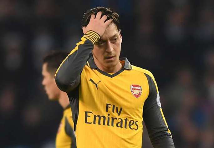 "Wenger: Ozil ""mất tích"" cả tuần nay"