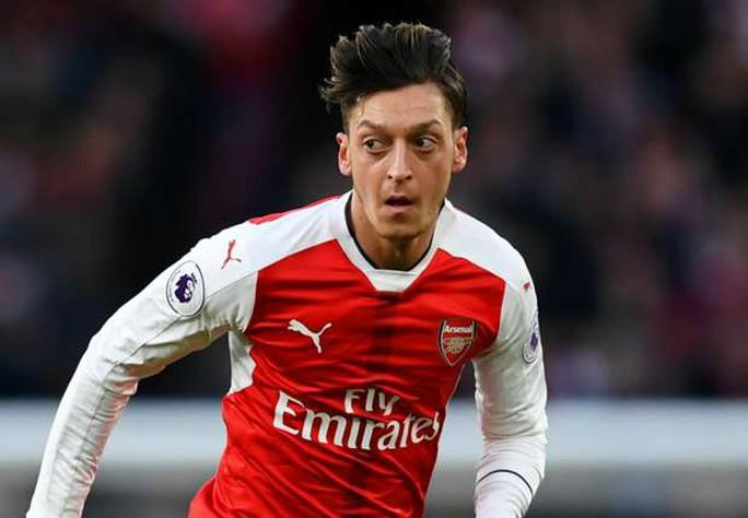Ozil: Wenger nghỉ thì tôi rời Arsenal luôn