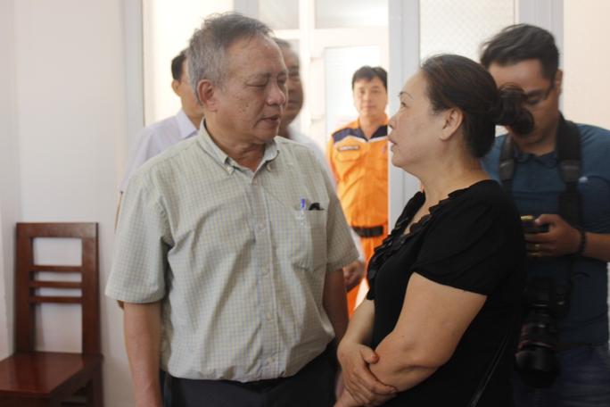 ông Minh, đại diện Petrolimex 14 chia sẻ với chủ tàu sau vụ tai nạn nghiêm trọng trên biển