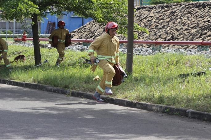 3 tỉnh, thành diễn tập chữa cháy tại Nhiệt điện Phú Mỹ - Ảnh 3.