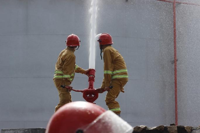 3 tỉnh, thành diễn tập chữa cháy tại Nhiệt điện Phú Mỹ - Ảnh 2.
