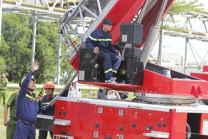 3 tỉnh, thành diễn tập chữa cháy tại Nhiệt điện Phú Mỹ - Ảnh 7.
