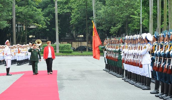 Úc tái khẳng định quan hệ hợp tác quốc phòng với Việt Nam - Ảnh 2.