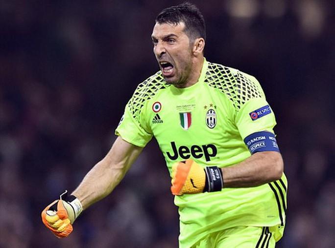 Chung kết Champions League: Nước mắt Buffon và kỷ lục Ronaldo - Ảnh 2.