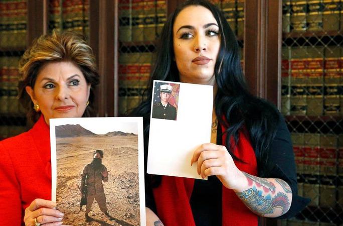 Cô Erika Butner (phải) nói mình là nạn nhân của vụ bê bối ảnh nóng Ảnh: AP