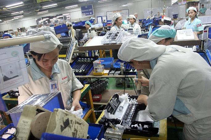 Năng suất lao động Việt Nam có tăng nhưng tốc độ chậm so với các nước trong khu vực và đang bị một số nước đi sau vượt qua (ảnh minh hoạ)