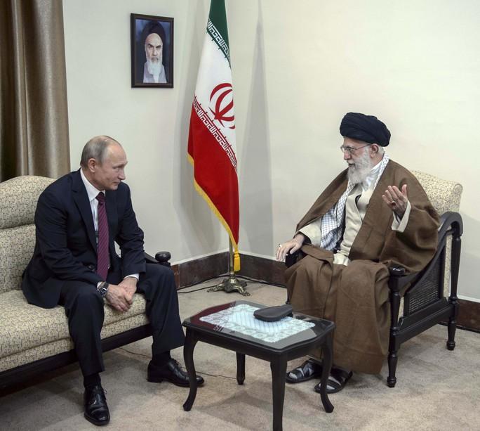 Iran bắt tay Nga cô lập Mỹ - Ảnh 1.