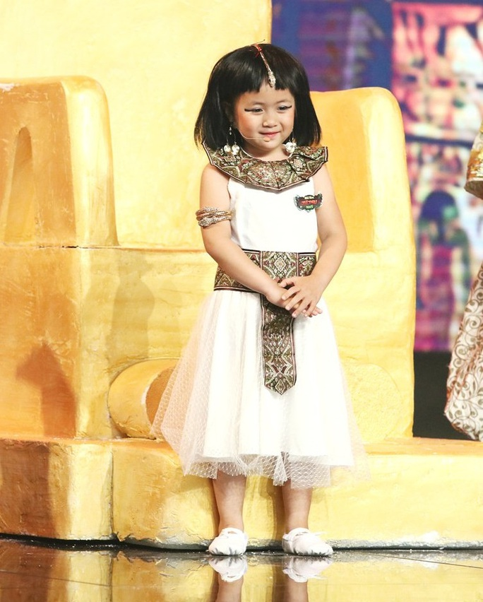 Những vai diễn cực đáng yêu của cô bé 5 tuổi Ngân Chi - Ảnh 1.