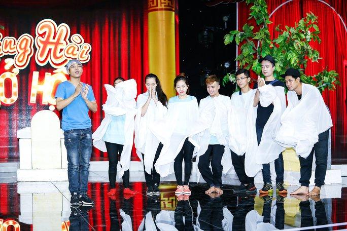 Làng Hài Mở Hội khiến khán giả thót tim với hài kinh dị - Ảnh 4.