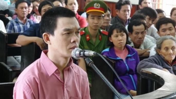Nguyễn Hoàng Nam tại phiên tòa sơ thẩm