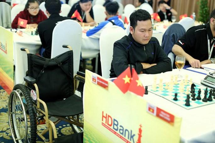 Nghị lực của những kỳ thủ đặc biệt tại giải HDBank 2018 - Ảnh 1.