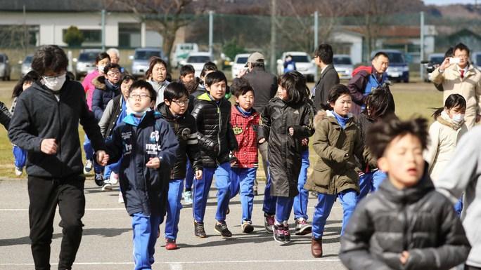 Nhật đòi núi tiền rơi vào tay Triều Tiên - Ảnh 1.