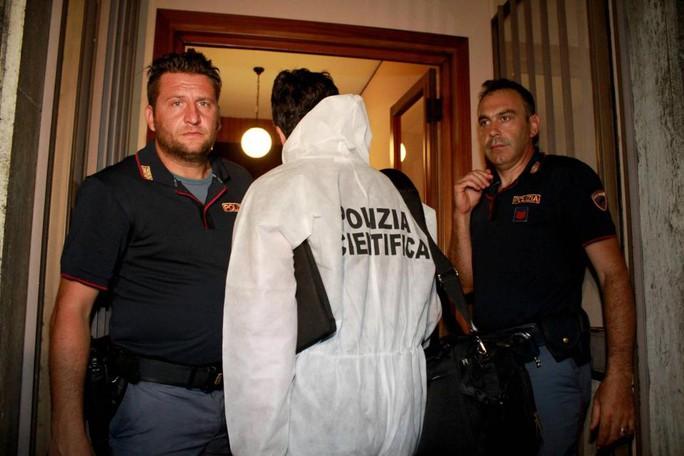 Cựu cầu thủ Parma giết cả mẹ và em gái - Ảnh 1.