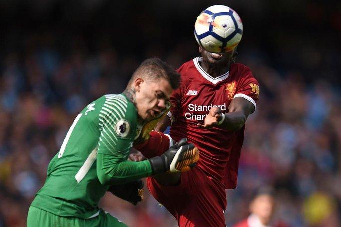 Tranh cãi về thẻ đỏ của Sadio Mane  - Ảnh 1.