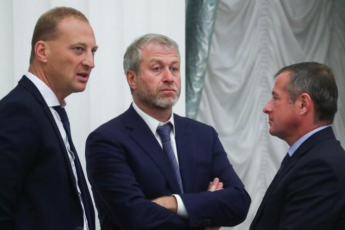 Chelsea họp tới 3 giờ sáng để bàn về tương lai Conte - Ảnh 2.