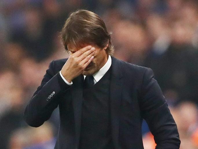 Chelsea họp tới 3 giờ sáng để bàn về tương lai Conte - Ảnh 1.