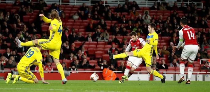 Arsenal đón lượng CĐV thấp kỷ lục ở cúp châu Âu - Ảnh 1.
